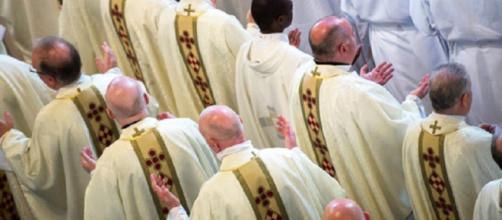 Un diocesi USA dispone maxi-risarcimento alle vittime di pedofilia