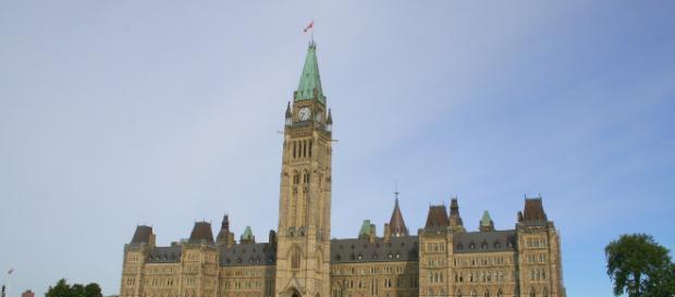 Centre Block, Canada's main parliamentary building. [Image via wnk1029 - Pixabay]