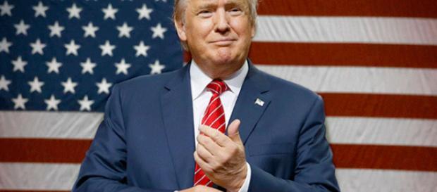 Trump se reúne con autoridades gubernamentales de los estados afectados por el hucarán Florence.
