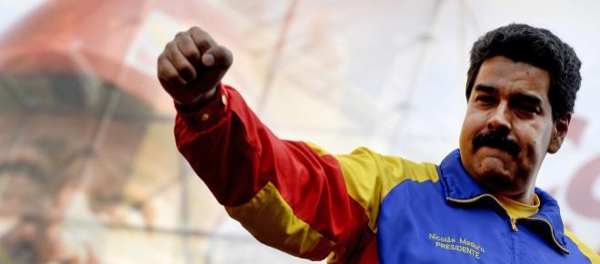 Dois bombeiros podem pegar até 20 anos de prisão na Venezuela por terem ofendido Maduro