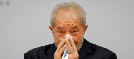 TSE barra Lula e recorre de troca com direito a prazo