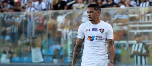 Luciano deve ser uma das peças ofensivas do Flu contra o Vitória (Foto: Globoesporte)