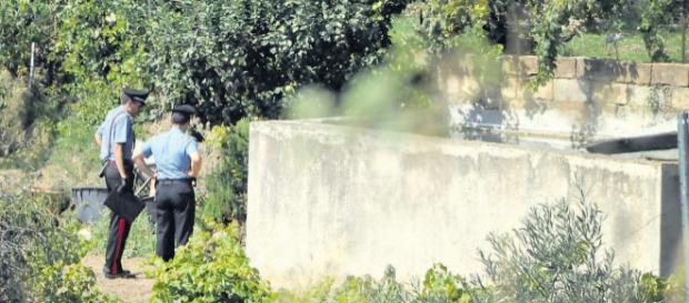 I Carabinieri sul luogo del tragico ritrovamento.
