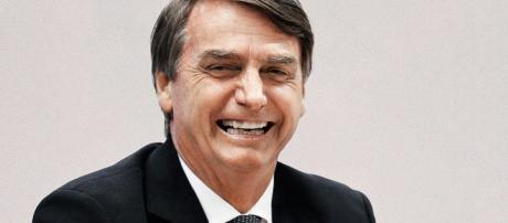 Bolsonaro está em primeiro lugar nas pesquisas de intenção de voto
