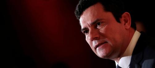Moro indefere pedidos da defesa de Lula para abandonar duas ações penais