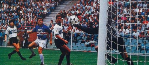 Sampdoria-Inter, immagine tratta dal match disputato a Marassi nella stagione 1989/90