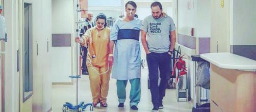 Segundo boletim médico, o quadro de saúde de Bolsonaro continua melhorando (Crédito: Twitter/Jair Bolsonaro)