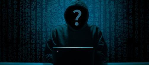 Spamming con richiesta di soldi in corso: buttare e-mail contenenti richieste di denaro per aver visitato siti porno.