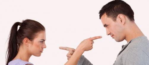Algumas mulheres irritam quem está ao seu lado por pequenas atitudes