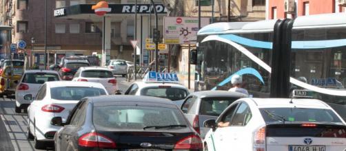 Granada sufre día a día los constantes aumentos de tráfico