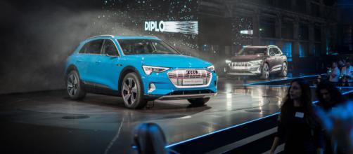 La première della nuova Audi e-tron