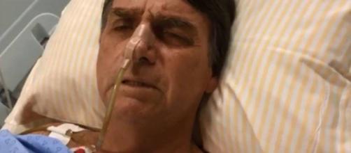 Nesta quinta-feira (20), Jair Bolsonaro apresentou um pico febril