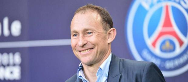 Jean-Pierre Papin a critiqué le manque d'envie du trio offensif Mbappé - Cavani - Neymar