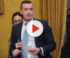 Rocco Casalino sul reddito di cittadinanza: 'Non è possibile che non si trovino dieci miliardi del c....'