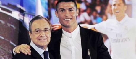 Florentino Perez estime que Ronaldo est le second meilleur joueur du Real Madrid, et que Zidane a rapporté de nombreux trophées à l'équipe