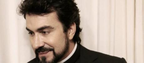 Padre Fábio de Mello passou dois dias internado.