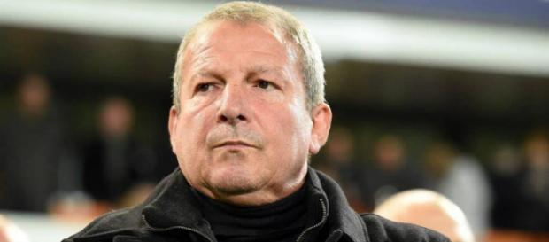 Rolland Courbis estime que la victoire peut être davantage lyonnaise au vu des récents résultats en compétitions européennes.