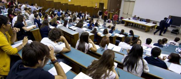 Test d'ingresso per la Facoltà di Medicina: a Palermo in 1000 avrebbero barato