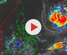 Il tifone Trami in formazione sul Pacifico