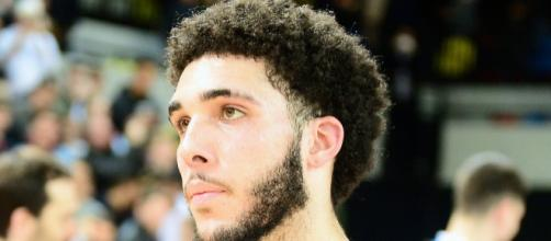 LiAngelo Ball made his debut in the Junior Basketball Association. [image source: Graham Hodges- Wikimedia Commons]
