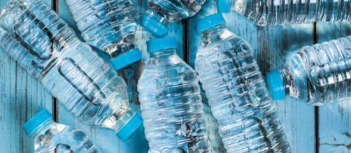 Ministero della Salute toglie acqua minerale dal mercato perchè potrebbe essere tossica