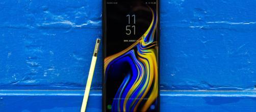 Tim propone Samsung Galaxy Note 9 con sconto da 380 euro e pagamento a rate.