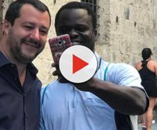Un selfie piccante con Salvini