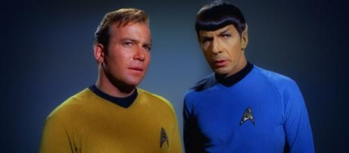 A dedução lógica de um vulcaniano seria: Se Vulcano é real, será que há Spocks por lá?