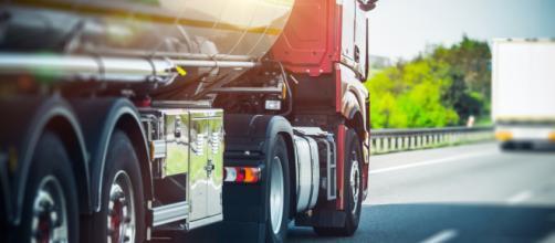 Bientôt une nouvelle taxe pour les camions étrangers ?