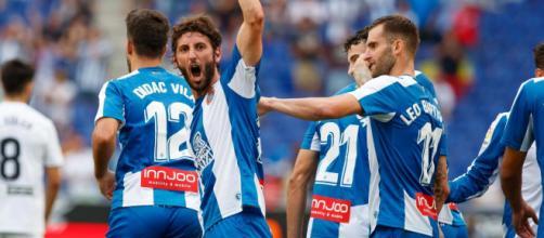 El Espanyol gana ante el Eibar en un partido igualado
