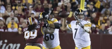 Week 3 of the 2018 NFL Season saw Ben Roethlisberger victorious over Tampa. [Photo by Keith Allison via Flckr]