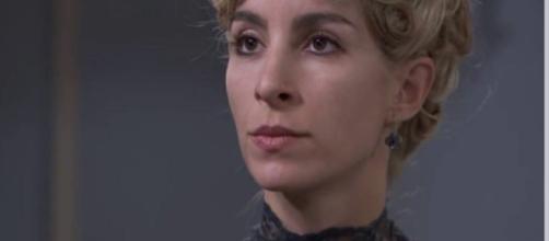 Anticipazioni Una Vita: Cayetana non vuole fare riesumare il cadavere del defunto marito