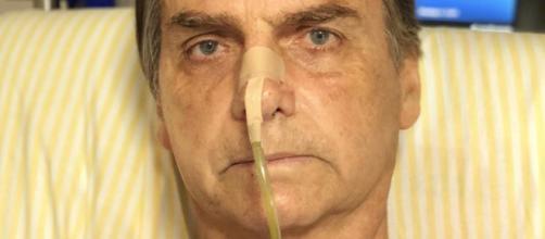 Bolsonaro recebeu a rádio Jovem Pan em seu leito de hospital