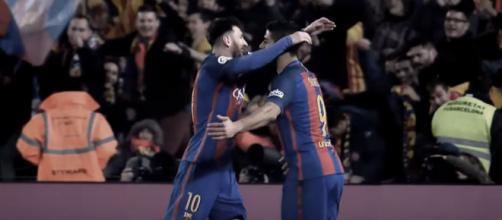 Leo Messi e Suárez [Imagem via YouTube]