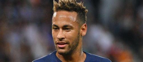 Neymar ne mouille pas assez le maillot selon Christophe Dugarry