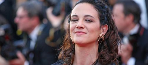 Asia Argento Denies Sexual Assault, Says Anthony Bourdain Paid ... - indiewire.com