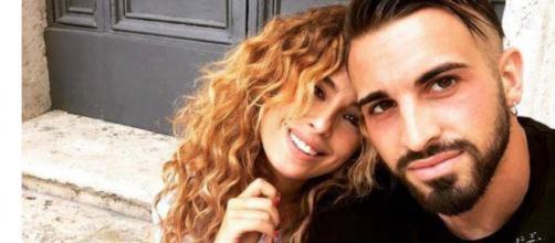 Sara Affi Fella e Vittorio Parigini si sono lasciati: l'annuncio di lui sui social network.