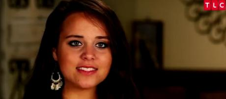 Jinger Duggar shows great fashion sense during visit with her in-laws. [Image Source: TLC - YouTube]