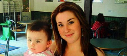 Keira sobreviveu depois que sua mãe, na época com 16 anos, tentou abortá-la