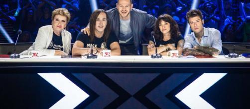 X Factor 2018, i giudici si stringono intorno ad Asia Argento ... - kataweb.it