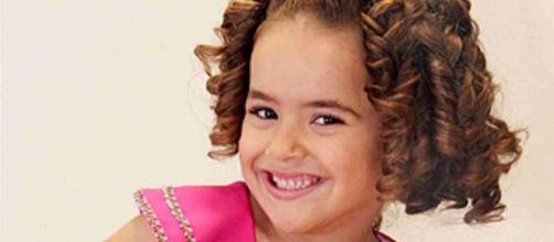 Maisa Silva é contratada do SBT e começou a trabalhar quando ainda era bem pequenininha