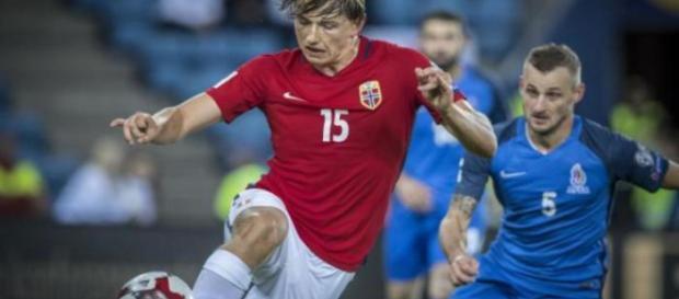 Mercato : le milieu défensif norvégien Sander Berge serait pisté par le PSG