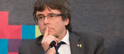 Acusan a la defensa de Puigdemont por falsear una demanda presentada en Bélgica
