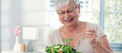 La dieta mediterranea allunga la vita degli anziani del 25%: lo studio dipartimento epidemiologico del Neuromed di Pozzilli, Molise
