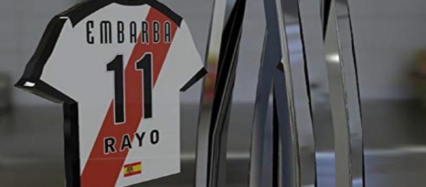 Imán de la camiseta del Rayo Vallecano con la bandera franquista
