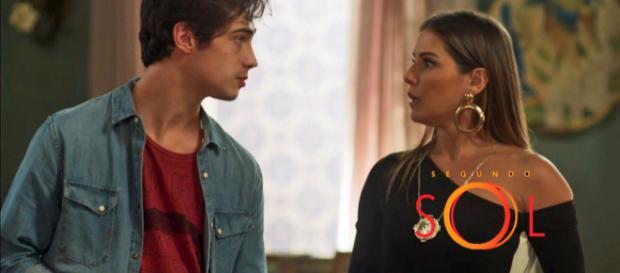 Ícaro fica cheio das mentiras de Karola e decide ficar contra ela. (Reprodução/Internet)