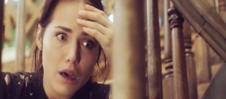 Rosa sofrerá nas mãos de Laureta. (Foto: Divulgação TV Globo)