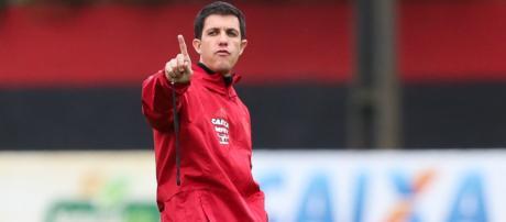 Técnico Barbieri falou após derrota para o Ceará