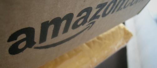 Amazon box. [Image Source: Silus Grok - Flickr]