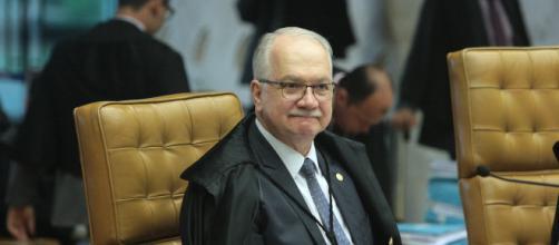 Fachin tem em mãos recurso sobre candidatura de Lula